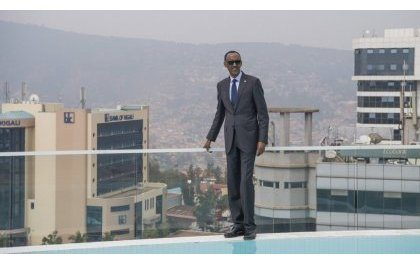 Kagame reçoit un prix pour son doigté dans le développement économique du Rwanda et de l'Afrique
