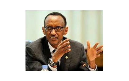 """""""L'Afrique bâtie sur ses hommes"""", le Président Kagame."""