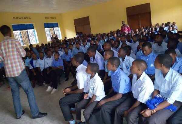 Sensibilisation des élèves du secondaire à la lutte contre l'idéologie du génocide
