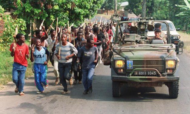 27 avril 1994 : Paris reçoit les organisateurs du  génocide (Rwanda)