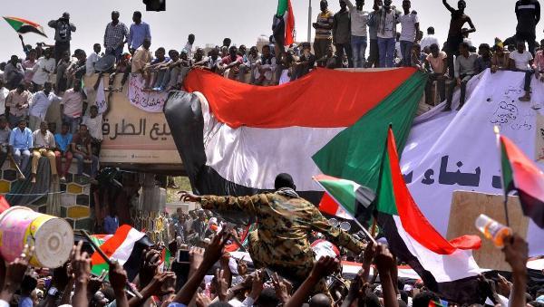Le Président Kagame participe au Caire à deux sommets africains sur le Soudan et la Libye