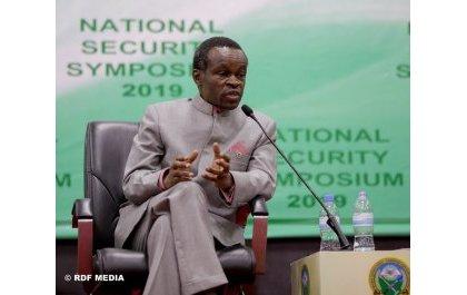 """""""L'Afrique ressemble à un âne conduit par la Chine"""", PLO Lumumba."""