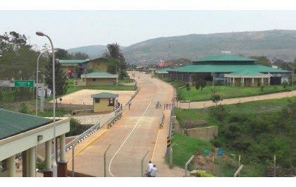 La Police rwandaise dément avoir foulé le sol ugandais
