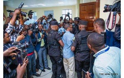 Callixte Nsabimana, alias Sankara, défile devant les medias.