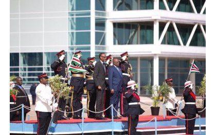 M et Mme Kagame visitent le Botswana et signent un important accord d'échanges commerciaux