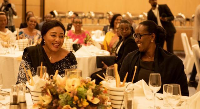 La Première Dame de la RDC, Mme Denise Nyakeru Tshisekedi a Commencé sa Visite Officielle au Rwanda