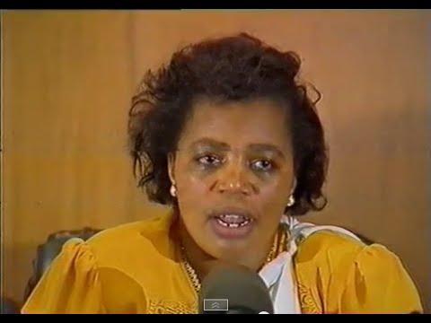 Amahari ya Habyarimana na Agathe Uwilingiyimana: Uko byagenze ku munsi Guverinoma y'inzibacyuho yagombaga kurahiriraho