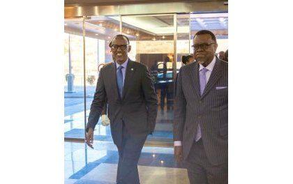 Kagame en Namibie : Une gamme d' Accords commerciaux et d'investissement avec son homologue Geingob
