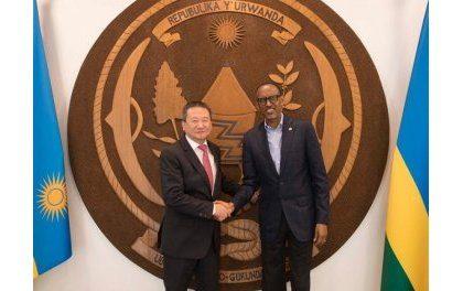 Huang, envoyé spécial du SG de l'ONU pour les Grands Lacs reçu par le Président Kagame