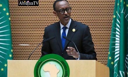 """Rwanda/ Paul Kagamé: """" Si notre pays est au rang  premier en Afrique, c'est parce que vous avez des fils et des filles du  Rwanda dans ce pays """""""
