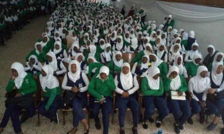 La CNLG poursuit sa campagne de sensibilisation des élèves du secondaire à la lutte contre l'idéologie du génocide