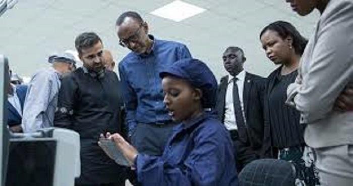 Le Rwanda lance des Premiers Smartphones «Made in Africa»