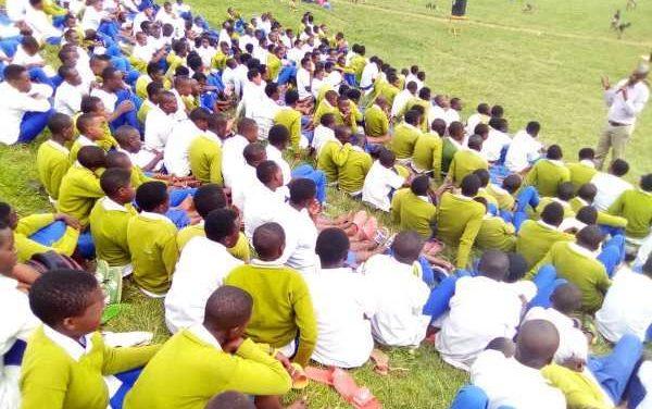 La CNLG appelle les élèves du secondaire à la lutte contre l'idéologie du génocide