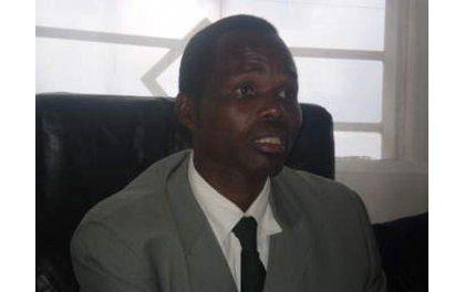 Maitre Bernard Ntaganda trempe dans la démagogie contre l'accueil par le Gouvernement rwandais de Migrants africains