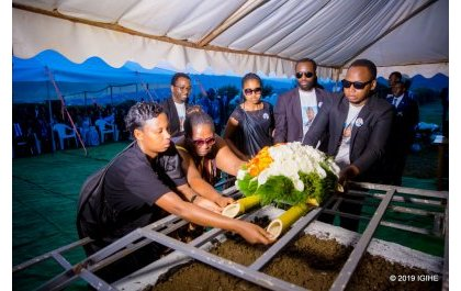 Depite Ndahiro Logan yashyinguwe: Uko uyu muhango wagenze (Amafoto na Video)