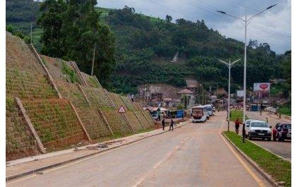 Ubucuruzi bwa Uganda mu rungabangabo kubera ihungabana ry'umubano n'u Rwanda
