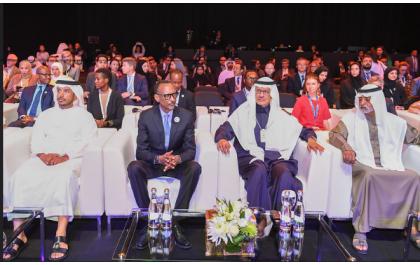 Kagame tance ses pairs africains et les encourage à des Solutions localement Conçues