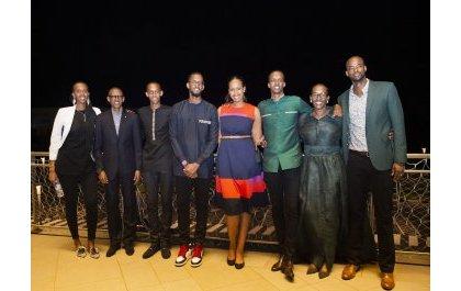 Perezida Kagame n'umuryango we bacyesheje igitaramo cy'umwaka mushya muri Kigali Arena (Amafoto)