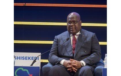 Le président Tshisekedi raille les propos va-en-guerre d'Adolphe Muzito et du cardinal Ambongo