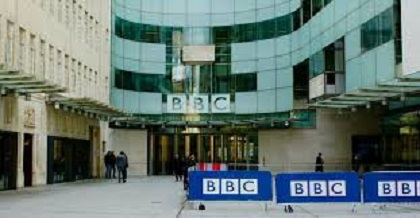 NEGATIONNISME : Un Licenciement à la BBC qui Attire l'Attention