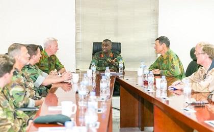 DEFENSE : Les Attachés Néerlandais de la Défense en Afrique se Rencontrent à Kigali