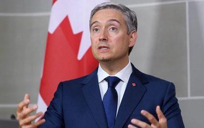 GENOCIDE :  L'Incohérence du Canada Face aux Autochtones Pointée du Doigt