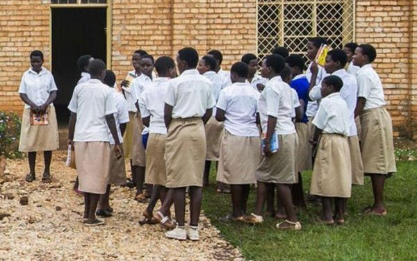 Le MINEDUC opposé aux tests de grossesse exigés aux filles à la reprise des classes