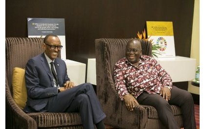 Perezida Kagame yashimiye Nana Akufo-Addo wongeye gutorerwa kuyobora Ghana