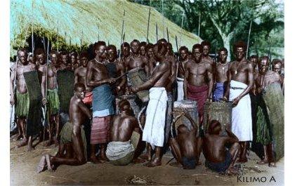 Imyaka hafi 400 irashize imyenda igeze mu Rwanda! Iya kizungu yabanje gutera ubwoba amatungo