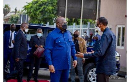 Perezida Kagame yakiriye Tshisekedi watangiye uruzinduko rwe mu Rwanda (Amafoto)