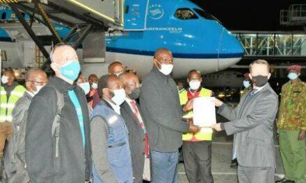 Covid-19 : le Kenya et le Rwanda vont recevoir près de 900 000 doses de vaccins des USA et du Royaume-Uni