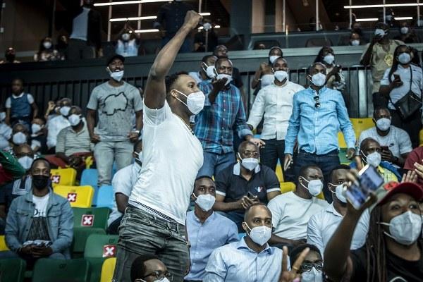 AfroBasket 2021: Les fans portent le Rwanda vers la victoire face à la RDC