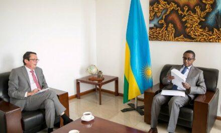 Le Ministre Biruta reçoit l'Ambassadeur-désigné de Belgique au Rwanda